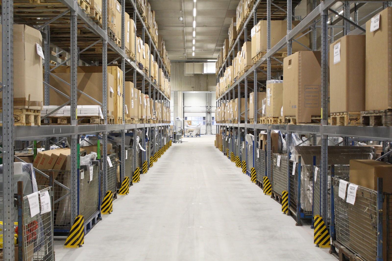 17.000 qm Lagerkapazität für eine optimale Ersatzteilverfügbarkeit